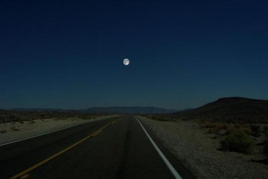 1_Moon.jpg