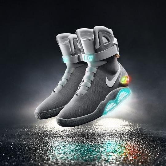 image_2015-Nike-Mag01